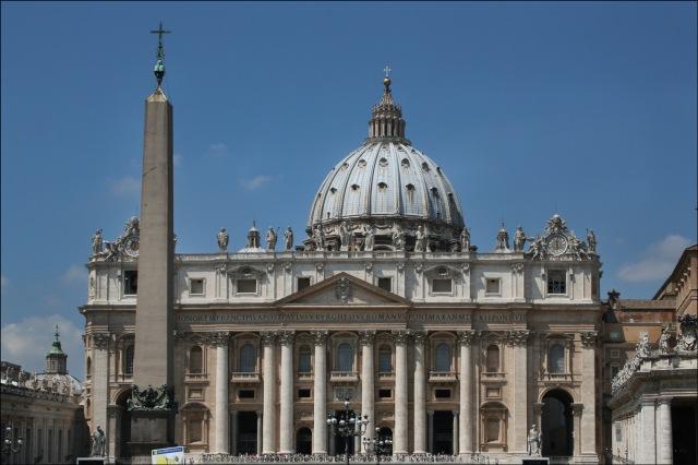 St-Peters-Basilica-Exterior