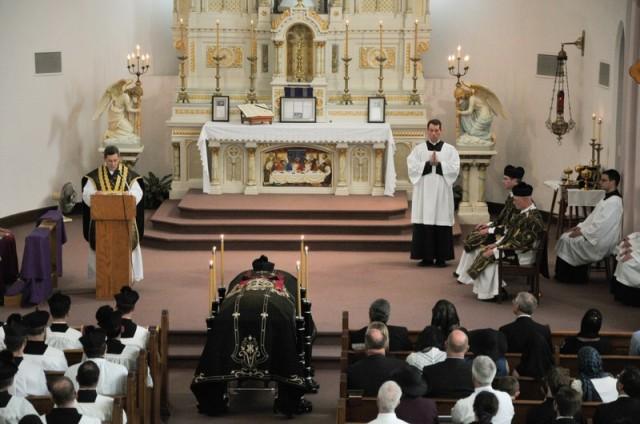 2014-06-Fr-Walker-Funeral-138