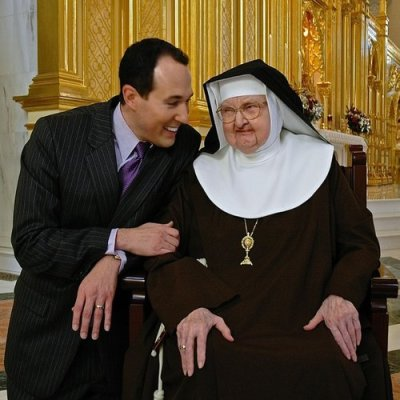 Arroyo and Mother Angelica