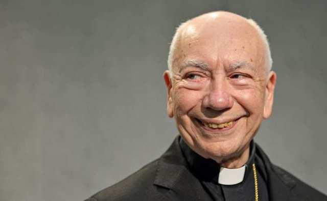 Cardinal_Francesco_Coccopalmerio_grinning_810_500_55_s_c1-2