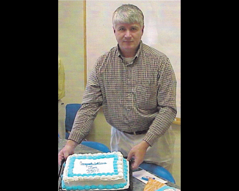 james-mclaughlin-w-350-cake.jpg