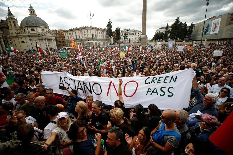 rome protest.jpg